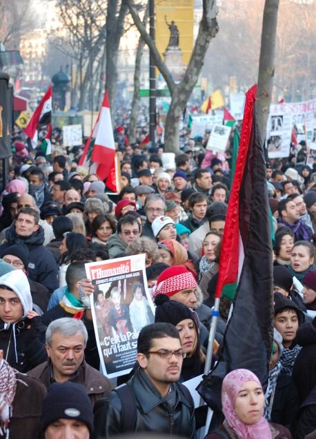 30000 participants selon la préfecture de police, 100000 selon les organisateurs.