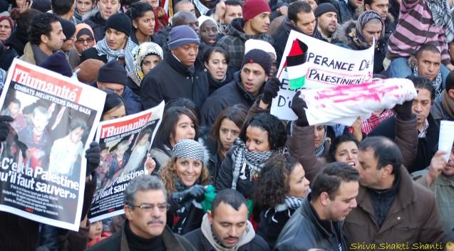 """""""Nous sommes tous des palestiniens"""" était le slogan phare de la manifestation"""