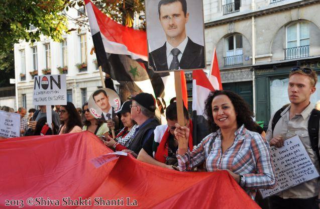 02Sept2013 PARIS Rassemblement Assemblée Nationale NON à LA GUER